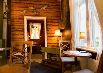 Kahvila Oskari vihreä huone 07_2015 120517_1200_800